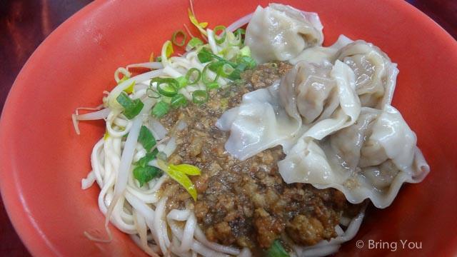 【高雄推薦美食】作營好吃的60年老店陽春麵 ☞ 小寶米粉焿(翠華店)