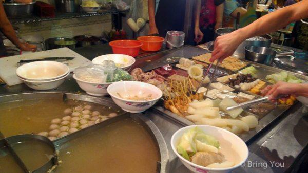 【台中美食】逢甲夜市必吃小吃懶人包:炸雞排、臭豆腐、飲料