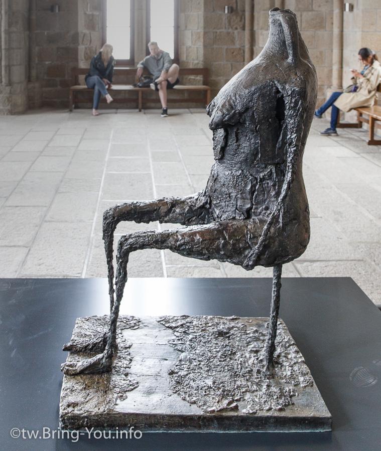 聖米歇爾-放置在內的裝置藝術