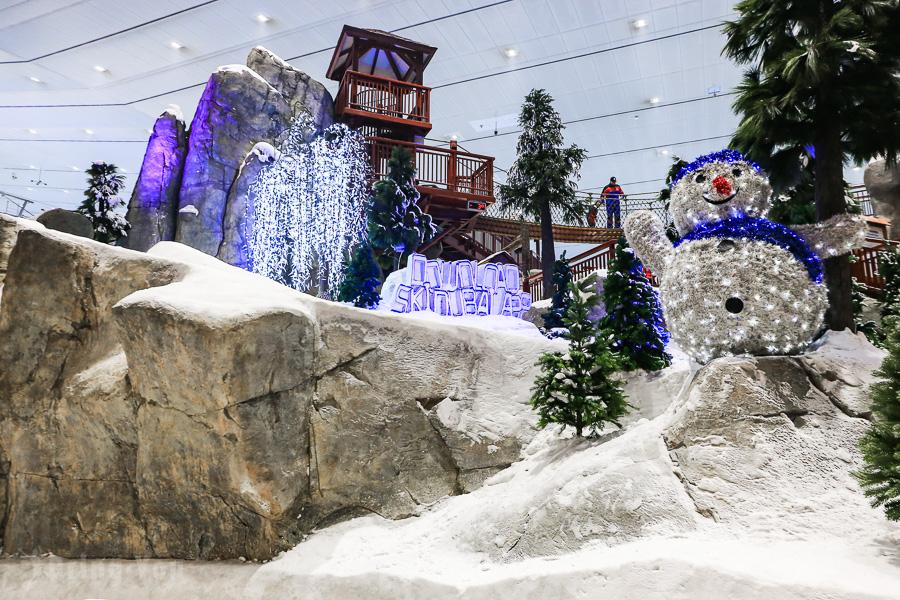 【杜拜阿聯酋購物中心】世界最大滑雪主題樂園,沙漠中的滑雪場:Dubai Ski