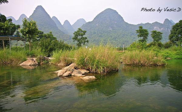 【陽朔自由行】 遇龍河之金龍橋逆流終點舊縣 ☞ 真正悠閒的筏子體驗