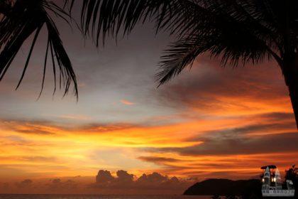 【蘭卡威沙灘】珍南海灘日落:情侶浪漫看夕陽景點、超好吃海鮮美食