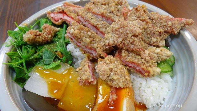 【高雄美食】漢神巨蛋商圈好吃米粉湯 & 超讚紅糟肉 ☞ 富民路臺北米粉湯