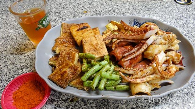 【高雄小吃】左營華夏路宵夜,平價燒烤 ☞ 阿樺碳烤