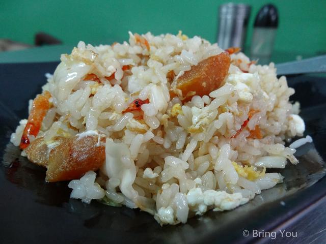 【高雄三民美食】五十多種口味選擇的炒飯 ☞ 阿成炒飯