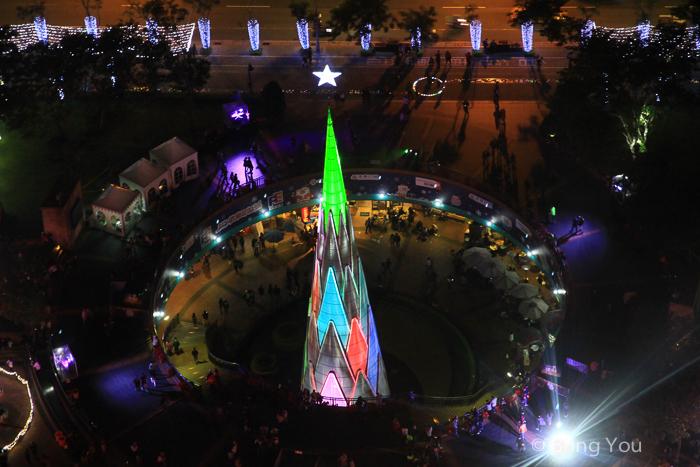 【台北聖誕點燈景點】俯瞰新北市歡樂耶誕城全夜景,3D立體光雕投影耶誕樹