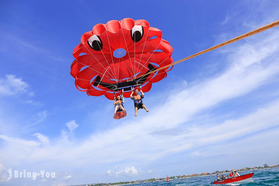 【峇里島】南灣必玩水上活動:拖曳傘從天空俯瞰海島 & 海龜島與海龜近距離接觸