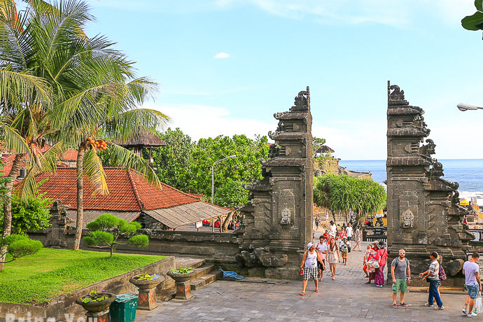 A Definitive Guide to Bali, Indonesia: Activities, Best Places to Stay, Local Dishes and More