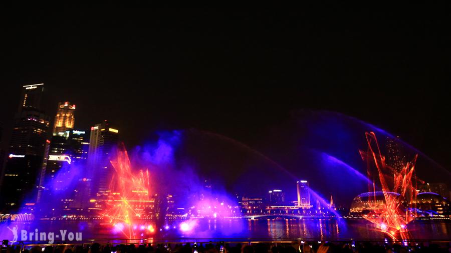 新加坡濱海灣幻彩生輝光影水幕表演