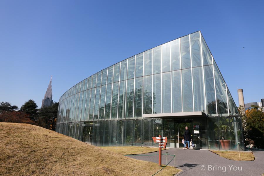 Shinjuku-Gyoen-National-Garden_