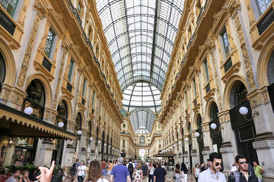 【米蘭必去】艾曼紐二世迴廊:米蘭時尚購物景點必買名牌、Luini炸三明治