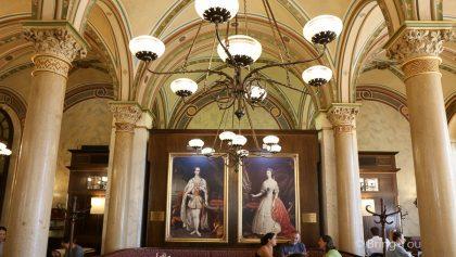 【奧地利維也納】中央咖啡館Café Central.世界最美咖啡廳之一享受絕美華麗的空間