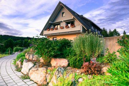 【德國黑森林住宿地點推薦】位於可愛小鎮Hinterzarten的「Gästehaus Baur 民宿」