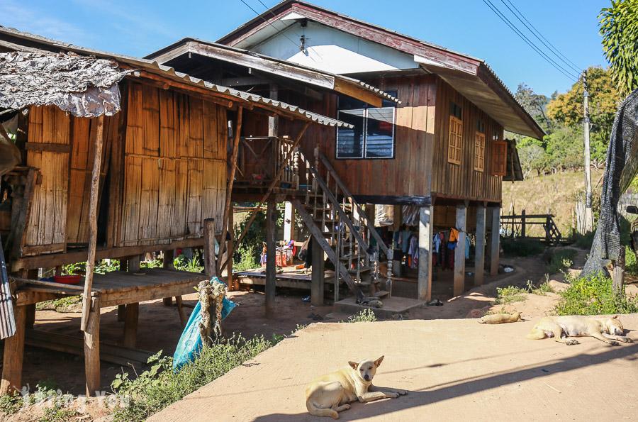 茵他儂國家公園喀倫族村落