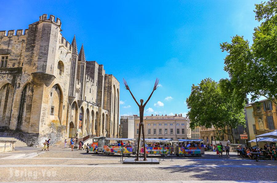 【亞維儂Avignon】慢遊南法歷史古城:亞維儂藝術節、住宿推薦、交通路線、景點攻略