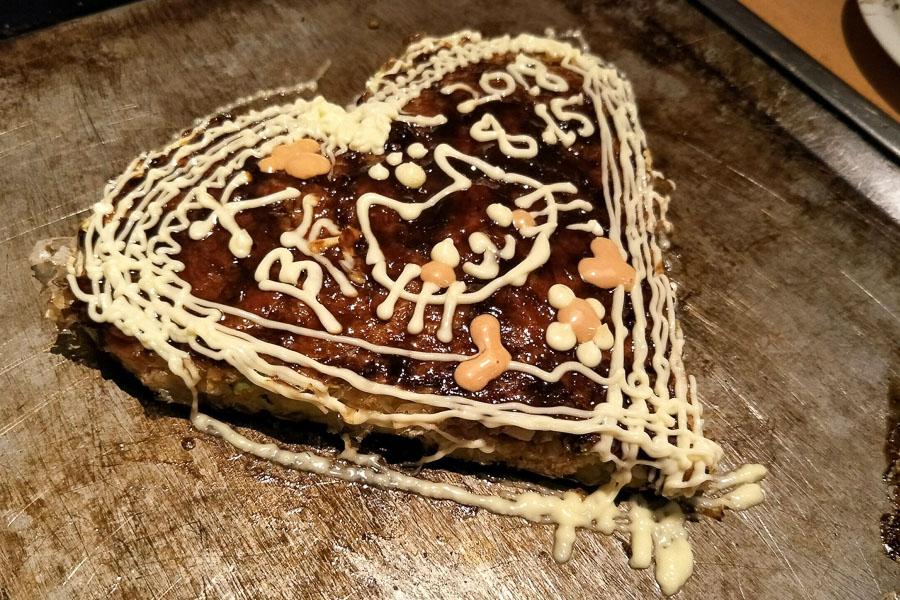 【大阪美食推薦】難波「道頓堀 一明大阪燒」,好吃又療癒的愛心大阪燒