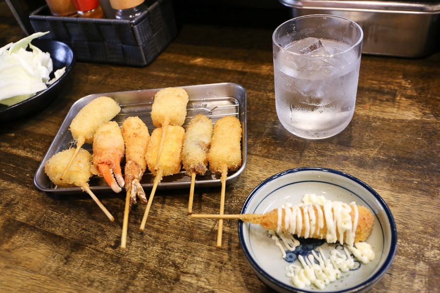 【大阪美食】通天閣超好吃串炸「新世界 串カツ いっとく」