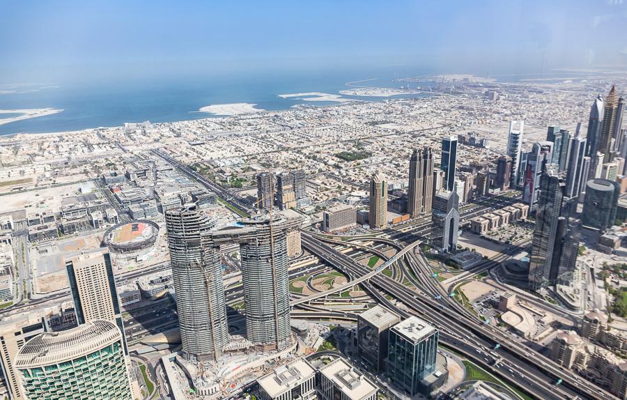 【哈里發塔觀景台】登上世界最高摩天大樓欣賞杜拜沙漠現代化城市風貌