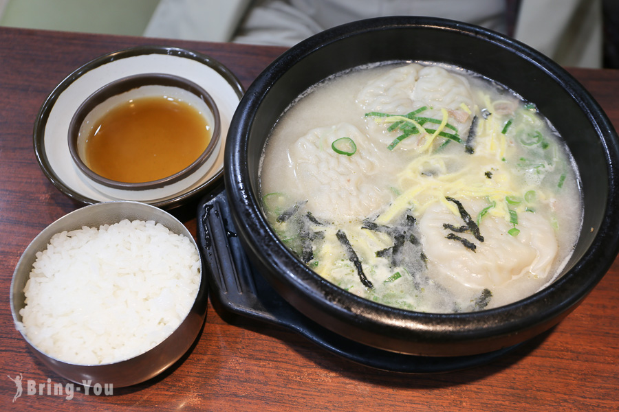 【韓國明洞美食】首爾必吃「神仙雪濃湯」:早餐宵夜皆宜的24小時餃子雪濃湯