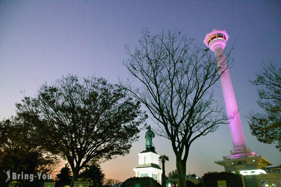 【釜山夜景景點】龍頭山公園釜山塔:南浦站附近俯瞰釜山海港美景好去處
