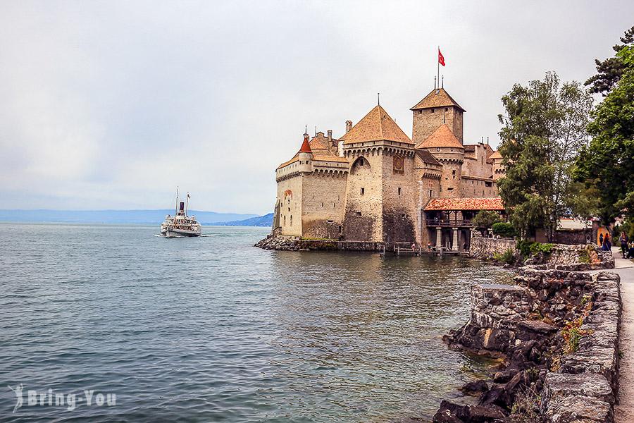 【蒙特魯景點】日內瓦湖畔一日遊:西庸城堡Chillon Castle、沃韋 Vevey湖中叉子