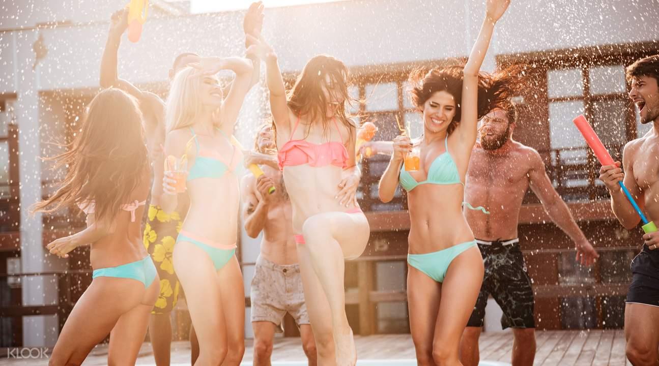 【拉斯維加斯夜生活景點】特色夜店、泳池派對、夜間泳池趴攻略