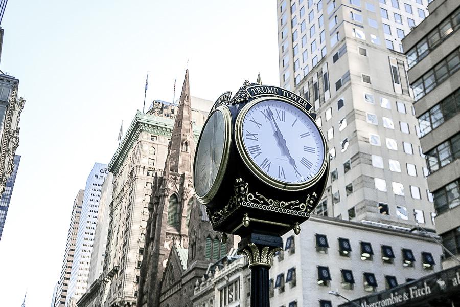 【美國】紐約第五大道景點攻略:交通、必逛店家、川普大樓、聖派翠克教堂介紹