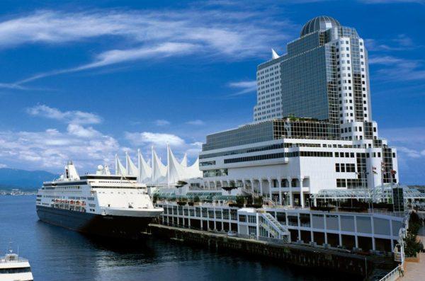 【溫哥華住宿推薦】溫哥華市中心、機場飯店指南:加拿大平價民宿&五