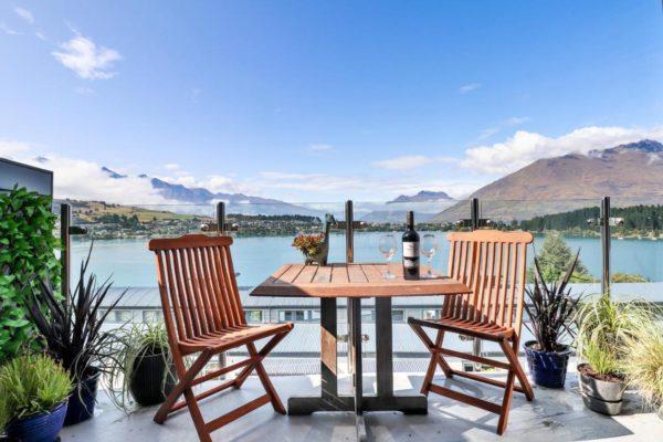 【紐西蘭皇后鎮住宿】Queenstown絕美瓦卡蒂普湖景湖景飯店