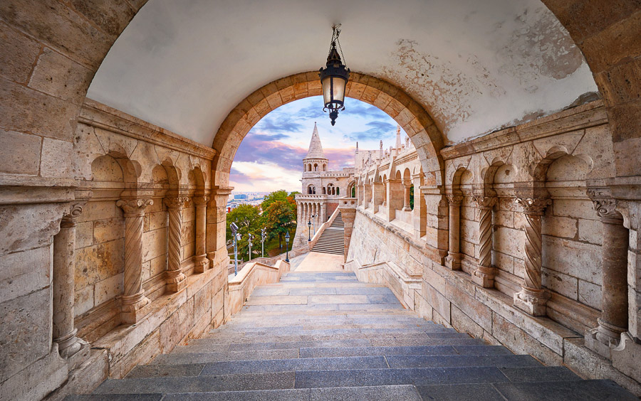 A Budapest Travel Guide: Our 10 Favorite Activities to Blow Your Mind