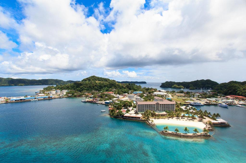 【帛琉住宿推薦】柯羅市區平價飯店、Malakal Island 島高級度假村這樣選
