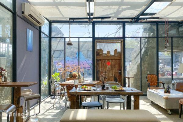 樹夏飲事︱鳳凰樹下夢幻玻璃屋咖啡廳,恆春IG打卡網美景點品味好吃