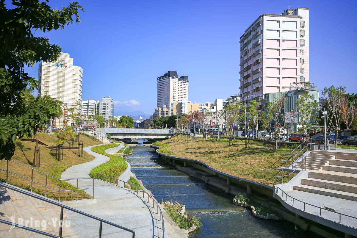 柳川藍帶水岸|台中版清溪川,超美親水河道散步&點燈攻略